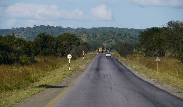 Six-lane highway from Dar es Salaam to Chalinze