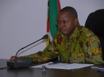 Mozambique president sacks prime minister