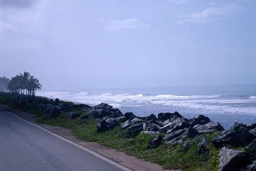 Rising seas erode Ghana's coast