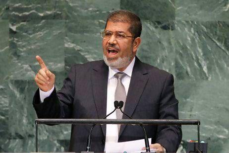 Mursi grants himself sweeping powers