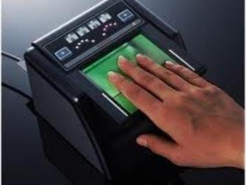 Kenya begins biometric voter registration