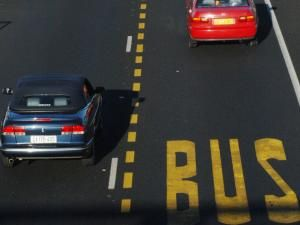 Poles for highway bus lanes in Cape Town