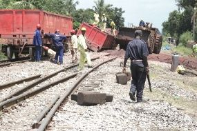 Maputo-South Africa railway closed for six weeks