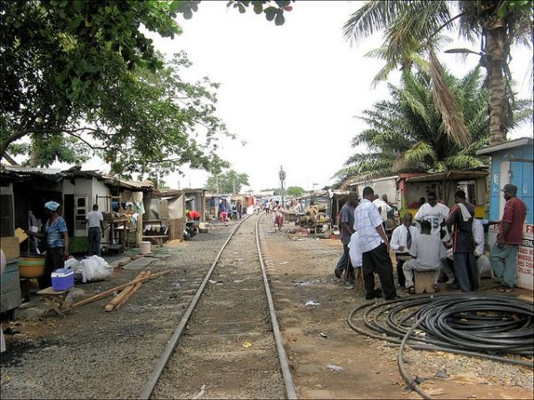 Accra houses near railway to be demolished