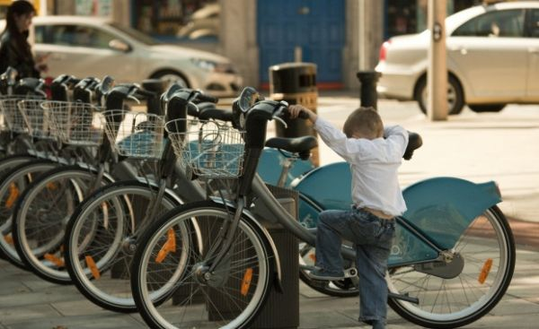 Cape Town examines bike-share scheme