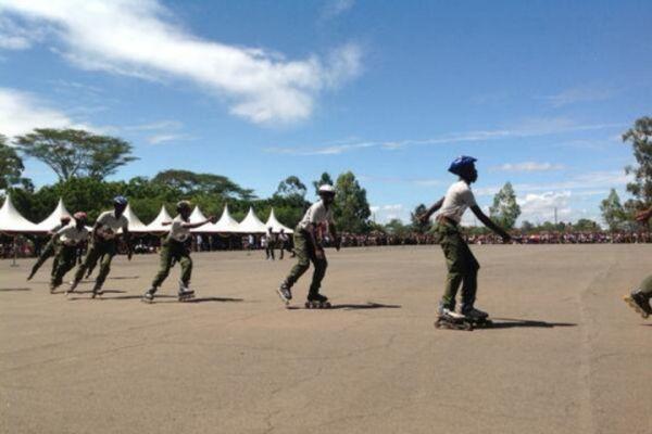 Nairobi police on rollerblades