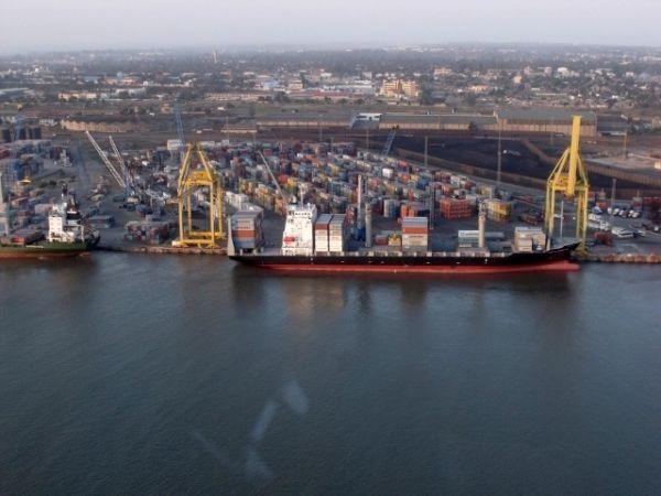 Dredging at Maputo port