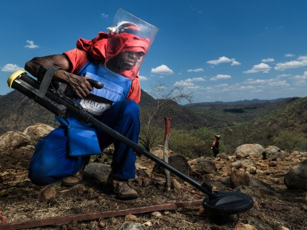 Mozambique declared free of land mines