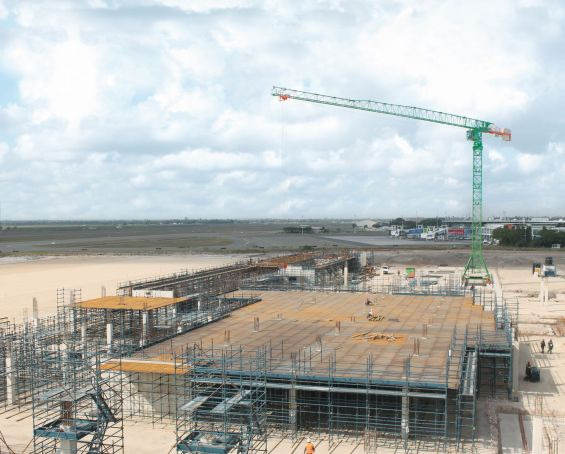 Expansion at Dar es Salaam airport