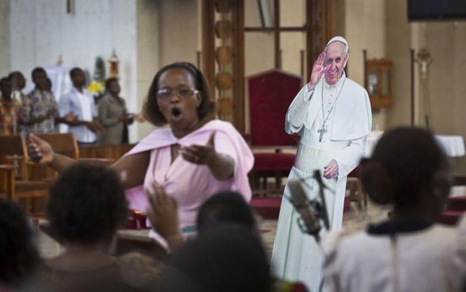 Kenya declares national holiday for papal Mass