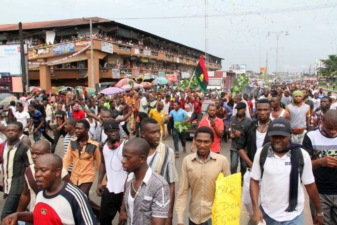 Nigerian army kills Biafra campaigners