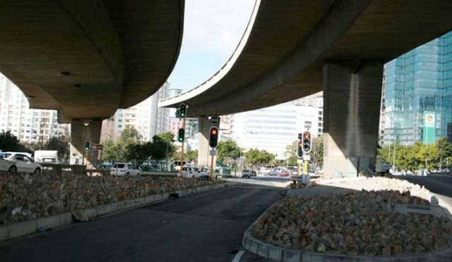 Cape Town seeks solutions for unfinished freeways