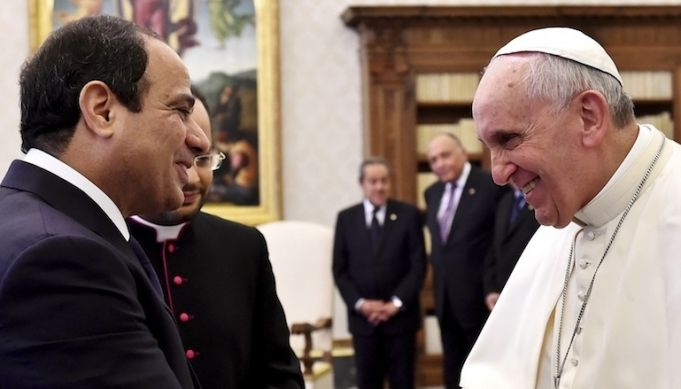 Pope Francis travels to Cairo