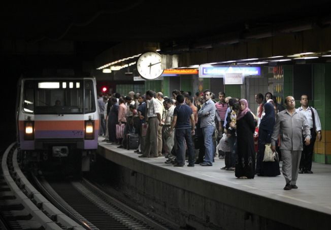 Cairo metro ticket fares to rise in 2018