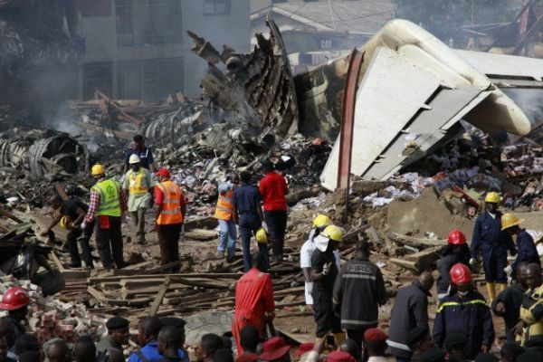Nigeria in mourning after air crash - image 3