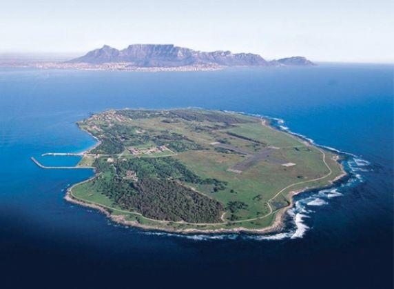 Tri-Robben Island Triathlon - image 2