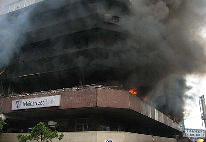 Lagos building collapse kills five - image 2