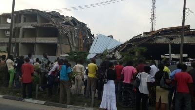Lagos building collapse kills five - image 4