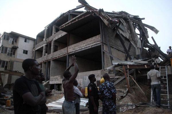 Lagos building collapse kills five - image 3