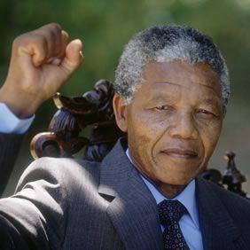 Nelson Mandela dies - image 3