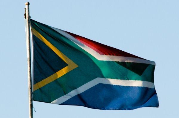 Nelson Mandela dies - image 4