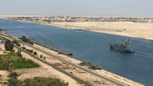 Cairo Opera to donate funds to Suez Canal corridor - image 2