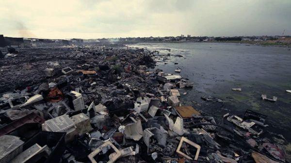 Authorities demolish Accra slum to prevent floods - image 4