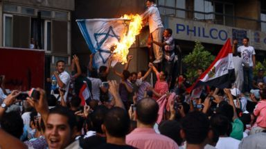 Israel reopens embassy in Cairo - image 3