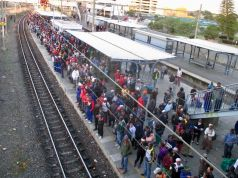 Cape Town to build 20km wall along Khayelitsha line
