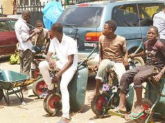 Lagos bans cart and wheelbarrow operators