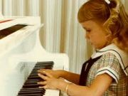 Piano lesson for children