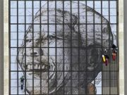Giant Mandela portrait unveiled in Cape Town
