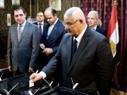 Egyptians vote to rewrite constitution