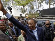 Kenyatta wins Kenyan presidential re-election