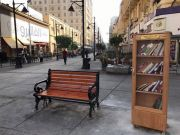 Outdoor libraries for Cairo commuters